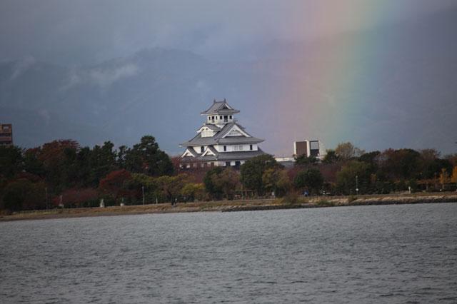 答えは滋賀県&竹生島でした!